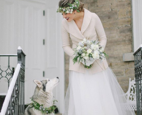 just-married-with-dog-saylove